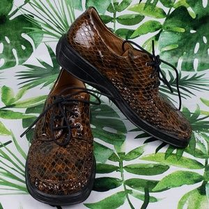 Helle Comfort by Romu's brown croc oxfords 37/ US7